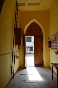 Entrons dans l'église de la Frasnée